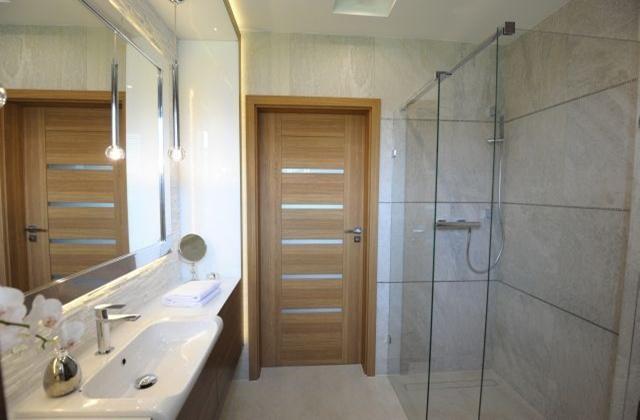 Цены на двери для туалета и ванной комнаты